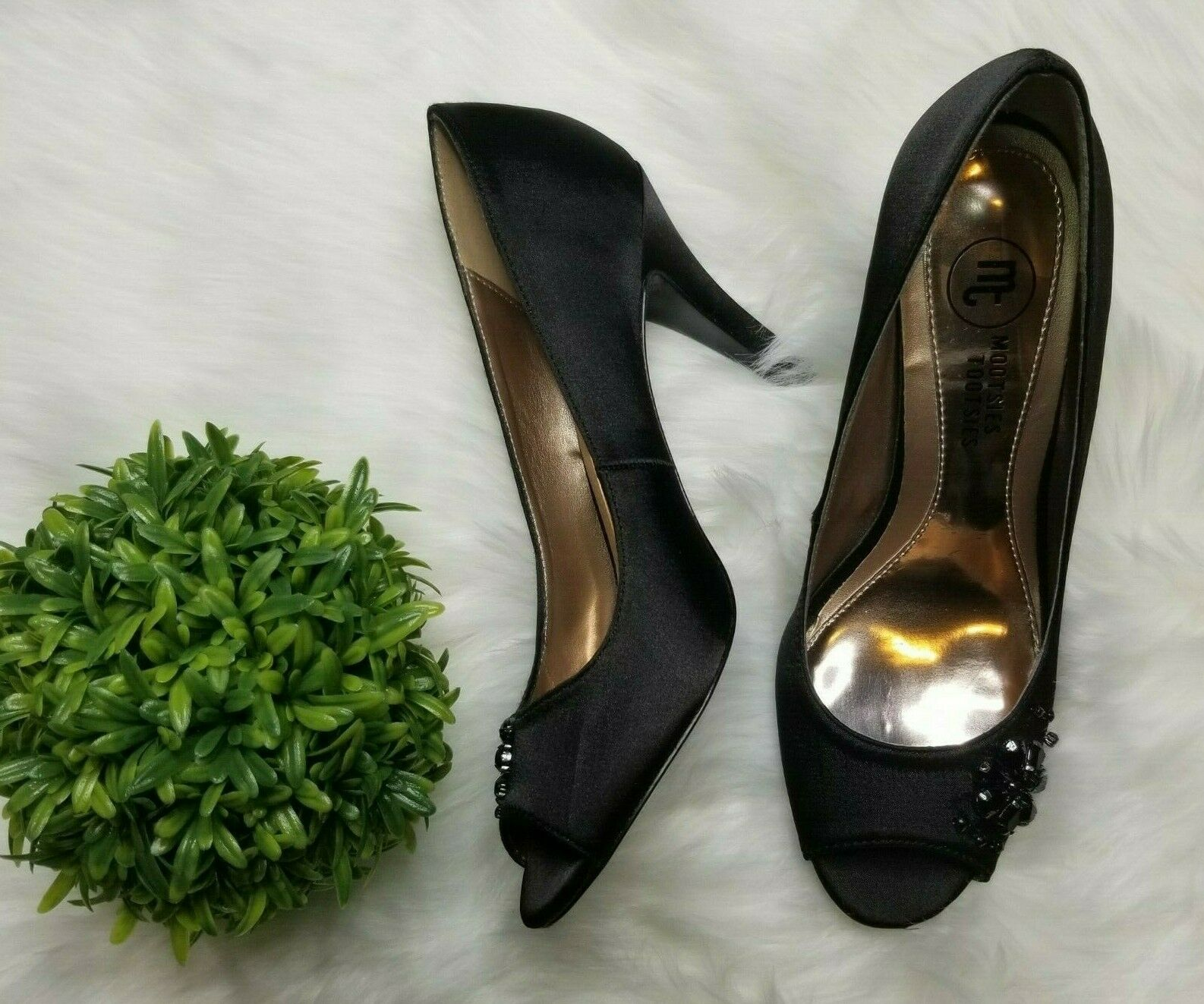 Mootsies Tootsies Black Rhinestone Flower Mobabble High Heels Size 7 1/2M