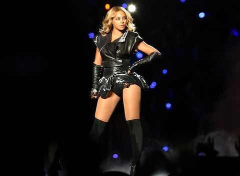 "Beyonce at Super Bowl XLVII Half Time Show"" Photo Credit Pete Sekesan from New York, USA - DW2Q0596"