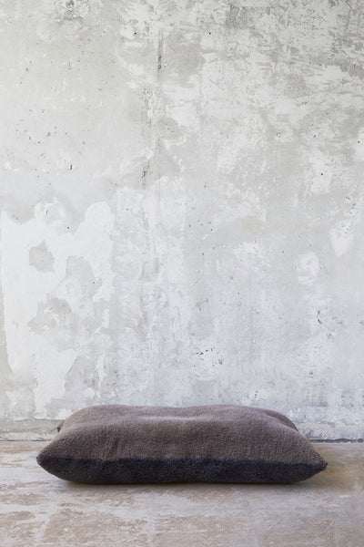 Shearling Pillow Bed