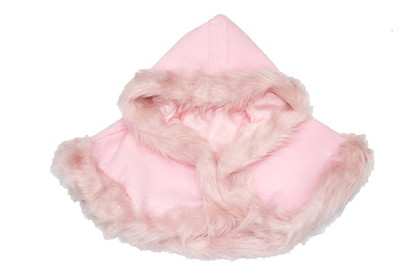 This gorgeous faux fur baby/toddler cape is perfect for your mini fashionistas to really stand out. This can be worn over jeans for a casual chic look or for the holidays over her fancy holiday outfit. Available in pink or white.