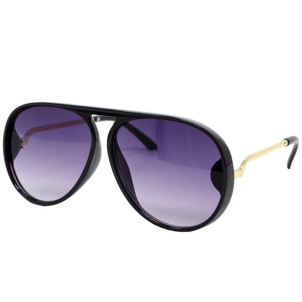 These should be a staple in their accessory collection! Our stylish Black and Gold Aviators are a perfect everyday pair of sunglasses. These can be paired with a casual outfit as well as a holiday special occasion look. These are the perfect addition to your little fashion icons wardrobe. Great sunglasses for toddler boy/girl or tween boy/girl.
