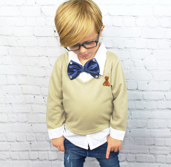 Can you guess why we named this after Mr. Scott Disick? We can picture him wearing a bowtie with bling! This 3 piece set includes the cream sweater with teddy bear stitching, jeans and bowtie with bling (the white collared shirt is attached to the sweater).