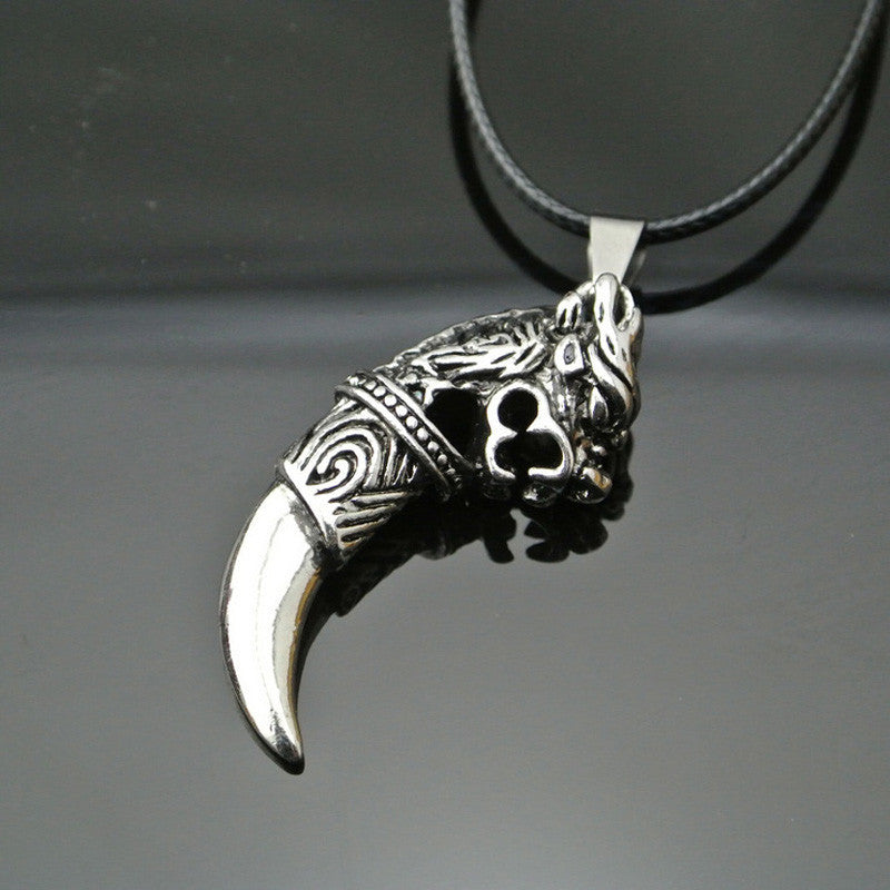 Mens  Classic Fashion   Wolf Tooth Pendant Necklace