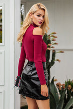 No Shoulder Knitted Sweater