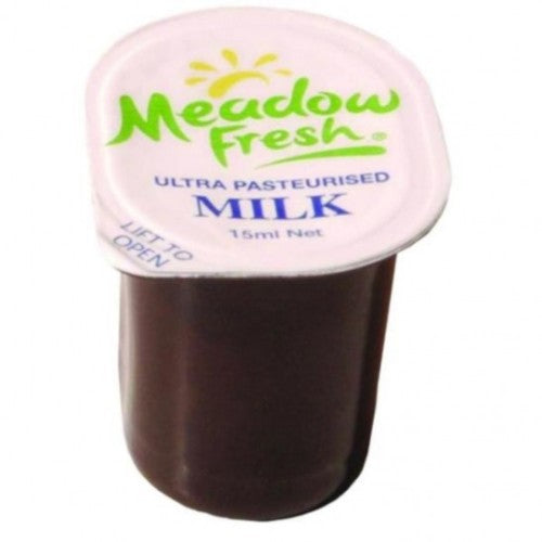 star13900-meadow-fresh-uht-milk-15ml-pcu-250_S019TL0TS6YP.jpg