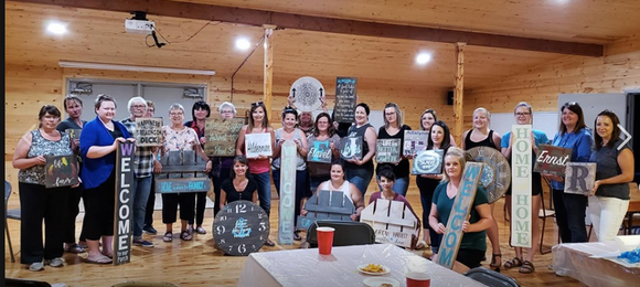 Deer Valley Barn Board Paint Night Fri. Nov. 16th at the Golf Clubhouse 7:00 pm start.