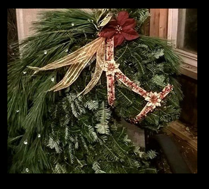 Real Greenery Horse Wreath with Decorations