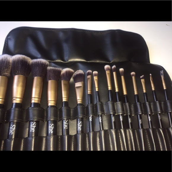 S.he Makeup 15 Piece Brush Set w/Bag