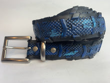 blue vegan belt, bicycle tyre belt Laura Zabo
