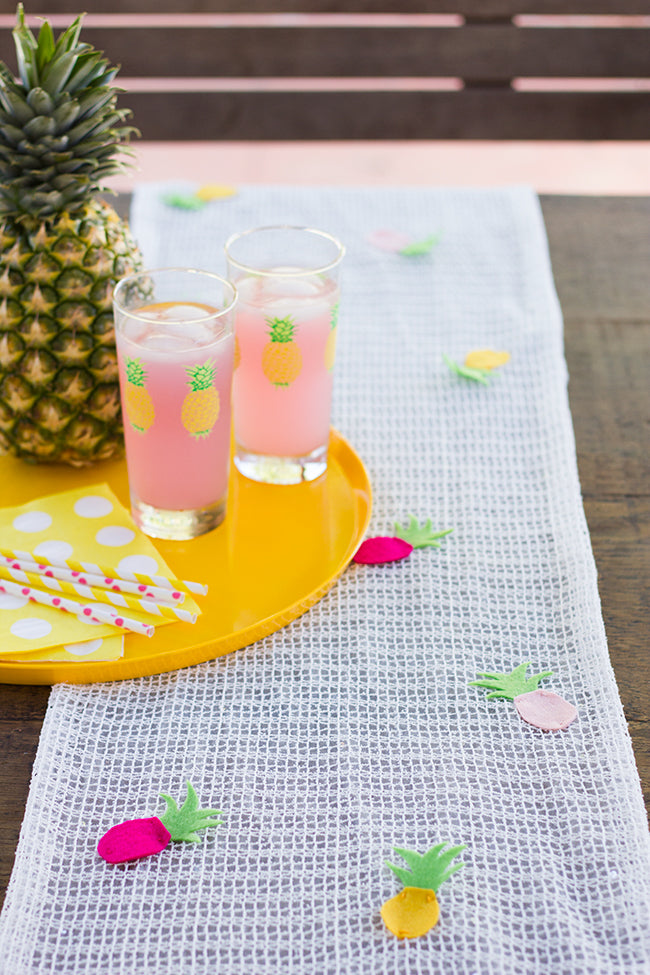 DIY Pineapple Table Runner Finish 2