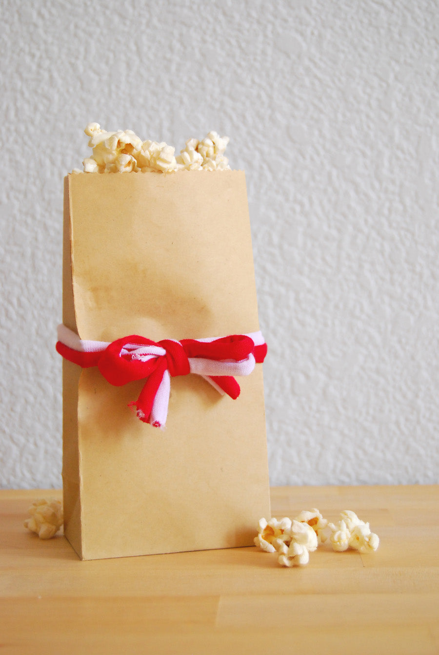 DIY Popcorn Bags Wrapped With Scarf Ribbon