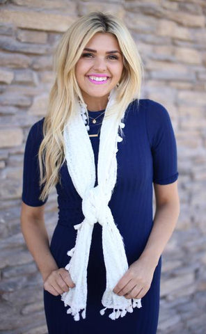 Alicia Tassel Scarf White With Model