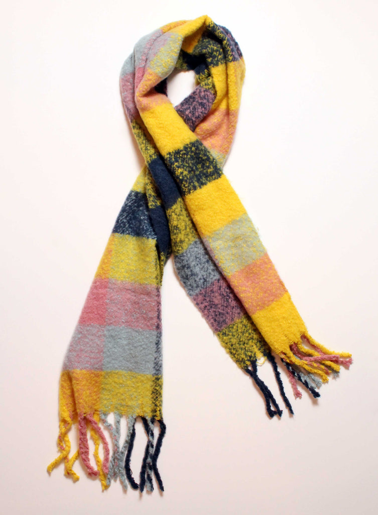 Claire Plaid Classic Scarf