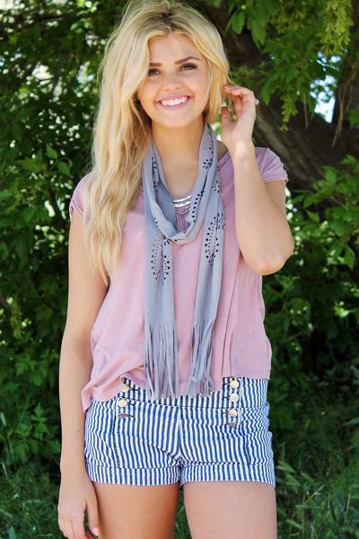 Cut Out Fringe Scarf Grey With Model