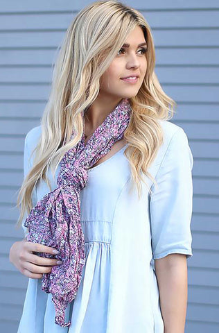 Kate Floral Crinkle Scarf Light Pink With Model
