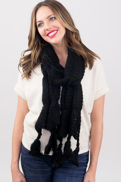 Leona Chunky Solid Tassel Scarf Black With Model