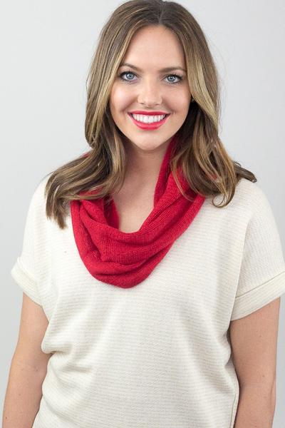 Robin Skinny Knit Infinity Scarf Red With Model