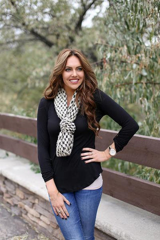 Trudy Popcorn Knit Infinity Scarf Tan With Girl