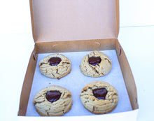 Load image into Gallery viewer, Box of Four Peanut Butter Cookies