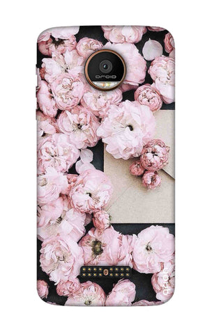 Roses All Over Motorala Moto Z Force Cases & Covers Online