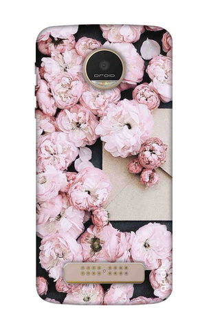 Roses All Over Motorala Moto Z Play Cases & Covers Online