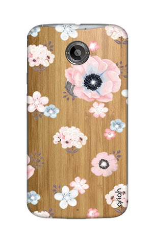 Beautiful White Floral Motorola Moto X2 Cases & Covers Online