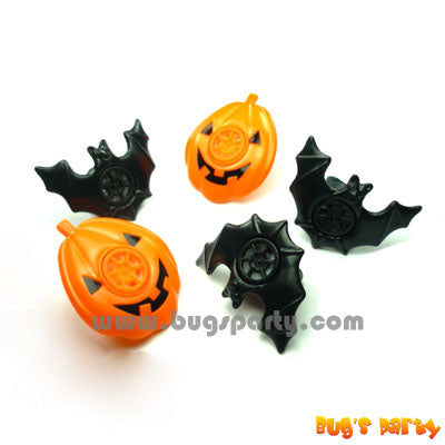 8 Hallow Lips Whistles, black bat and orange pumpkin