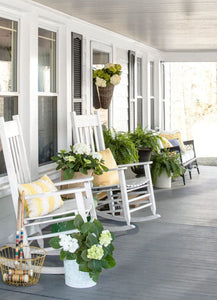 Sprucing Up Your Front Porch is SO Easy
