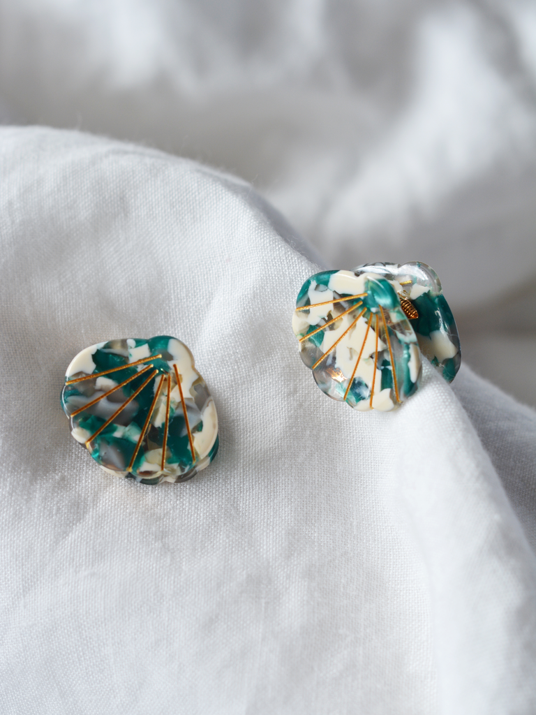 Shell Clip Sea Green