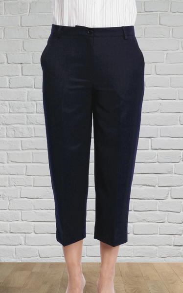 Ladies Black 3/4 Pant