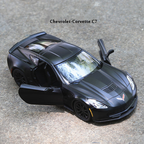 Chevrolet Corvette C7 Alloy Pull Back Light & Sound Model, High Simulation 1:36 scale