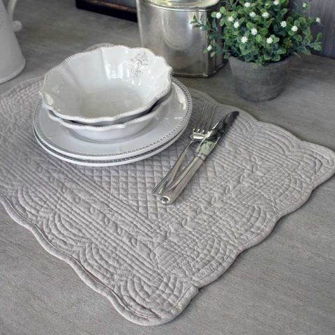 Biggie Best Linen Quilted Placemats