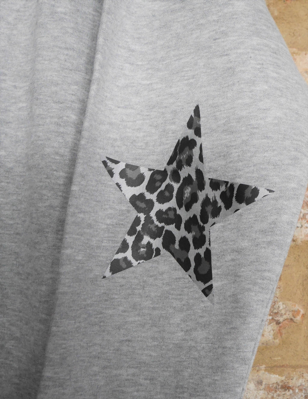 Grey Leopard Elbow Star