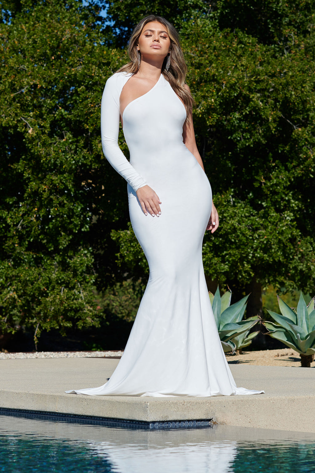 White One Shoulder Fishtail Maxi Dress