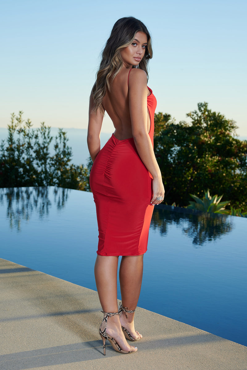 Red Slinky Bum Ruched Midi Dress