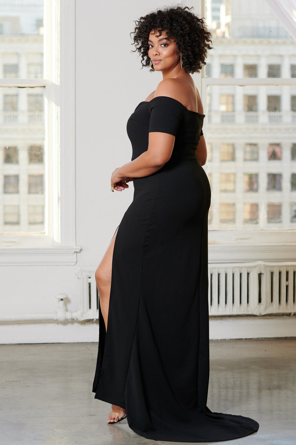 Curve Black Bardot Thigh Split Maxi Dress - Club L London