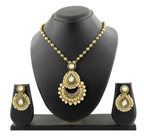 Rope Design Gold Brass Pendant Chain Pendant Earring Set For Women
