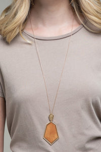 Geo Wood Necklace (Light Brown)