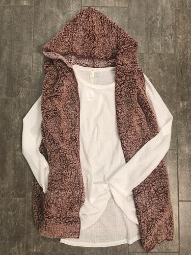 Wine Hooded Sherpa Vest - T231