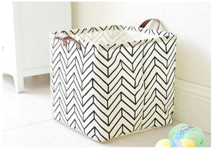Storage / Decor -  Large B&W Storage Basket  / Toy box (S-11.3)