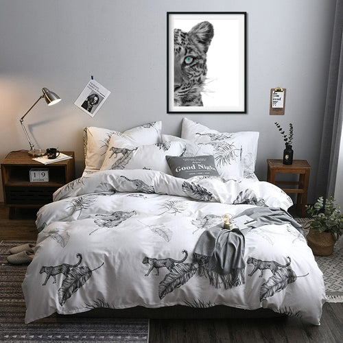 Bedding - 3/4 pcs Black & white Leopard Bedding set (B-129)