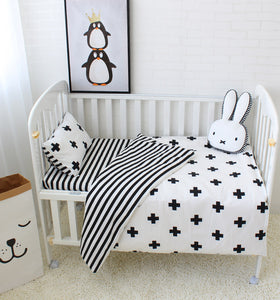 Baby 5pcs cot bedding  -Monochrome  (B-94)
