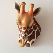 Decor- Giraffe head hanging ornament (D-145)