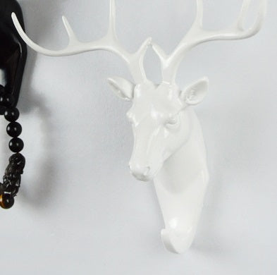 Decor -White animal wall hooks (Reindeer/ Horse/ Elephant) (D-25.1)