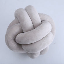 Decor - Decorative knotted cushion 18 cm (D-39)
