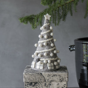 Felt Christmas Tree w. Pompoms (H20cm) - CPHAGEN