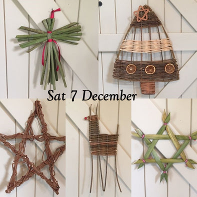 Weave your own Christmas Decorations