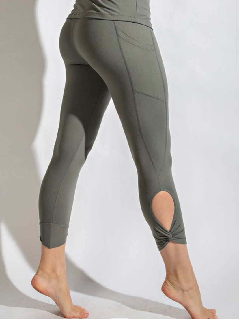 Butter Twist Key Hole Leggings