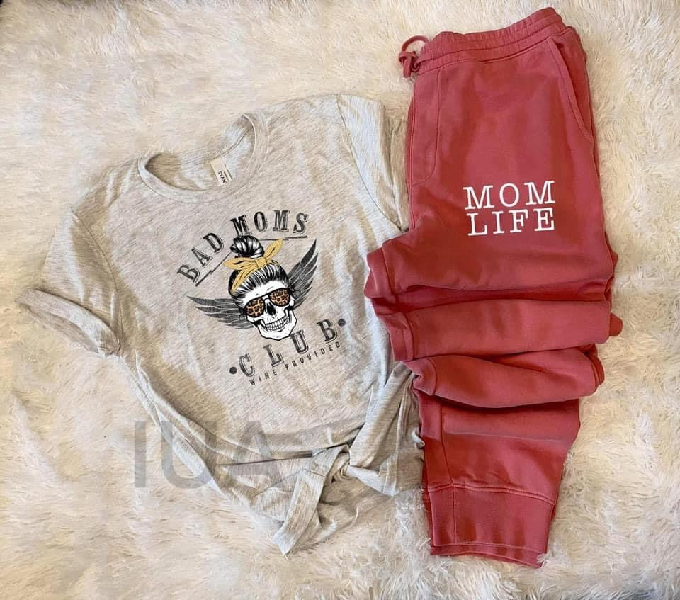 bad mom club tee & mama jogger set