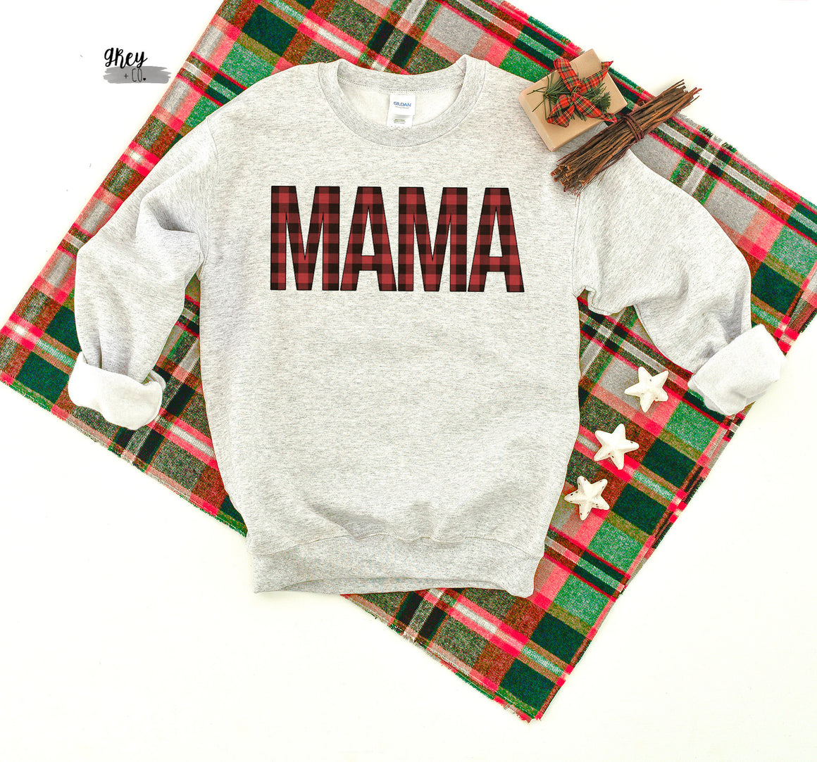 Basic plaid mama fleece {Grey + co}